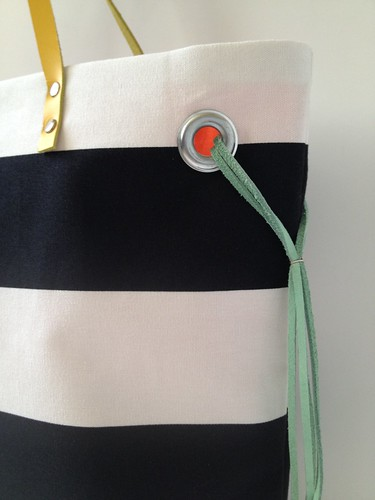 Stripe + Color Tote 17b