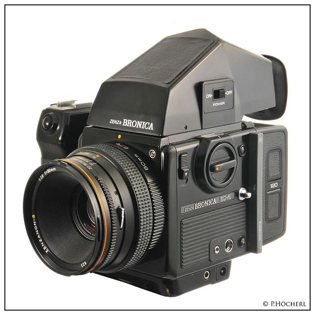 Zenza Bronica SQ AI with Zenzanon S 80mm