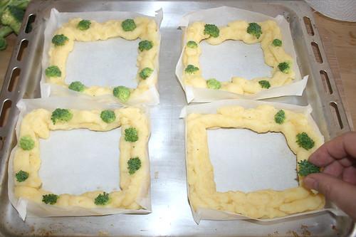 23 - Mit Brokkoli bestücken / Add brokkoli