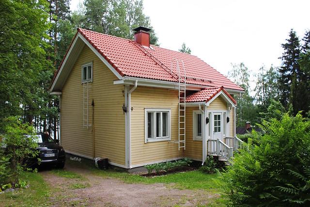 vaaksy cottage