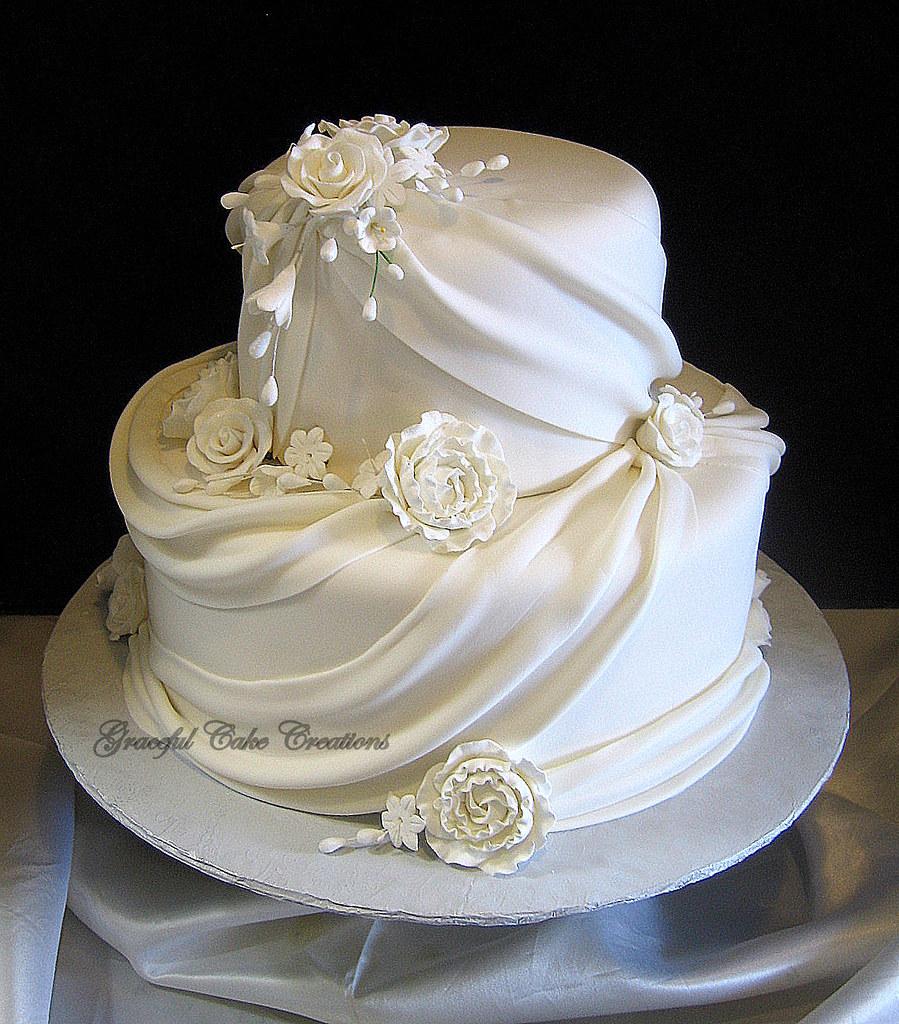 Fondant Flowers For Wedding Cakes: Elegant White Fondant Wedding Cake With Sugar Flowers And