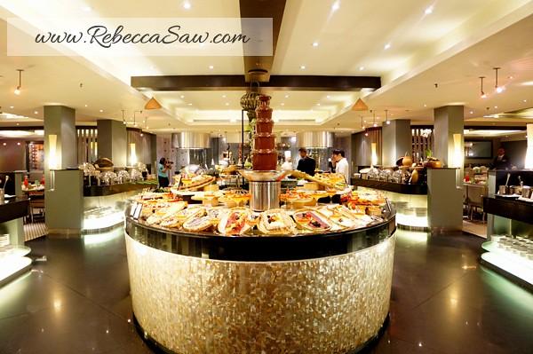 Ramadhan Hilton PJ-014