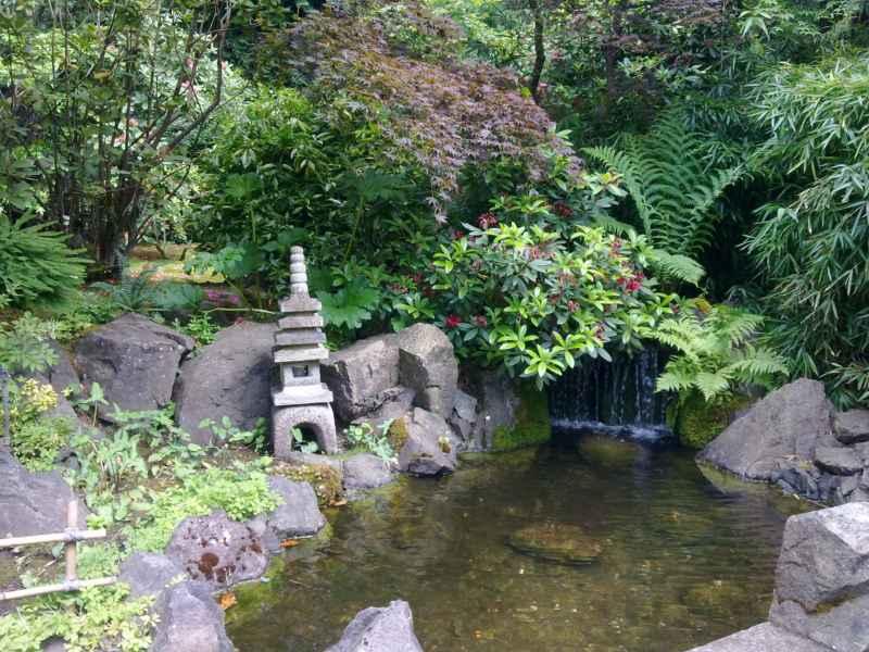 Japanese garden en jardines Butchart Canada 38