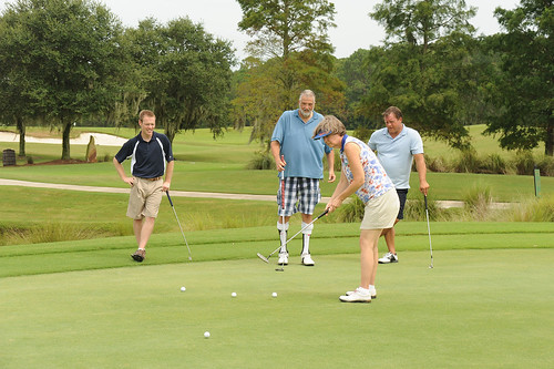 2012 Golf Outing Putt
