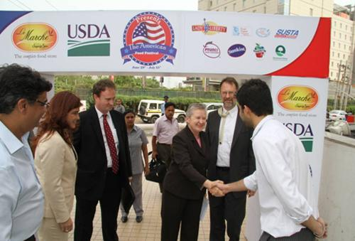 U.S. Ambassador to India Nancy Powell inaugurates the U.S. Food and Beverage Independence Day Festival outside an Indian grocery store, called Le Marche, in Gurgaon, India, July 3, 2012. The festival was the first multi-retailer U.S. food and beverage promotional campaign held throughout cities in India from June 29 to July 22.