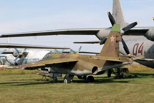 Sukhoi Su-25 09 blue