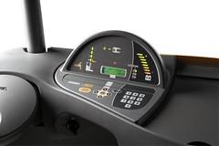 Via de gebruikersvriendelijke display van Crown's Access 1 2 3® systeembesturing kunnen bestuurders de prestatieparameters van de heftruck direct instellen en servicegegevens uitlezen