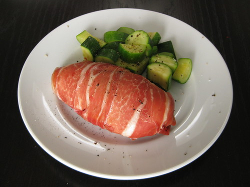 prosciutto-wrapped chicken stuffed with pesto