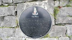Photo of Black plaque number 11322