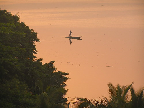 africa nature water sunrise dawn boat fishing 2006 lagoon lagos westafrica nigeria skiff tropics