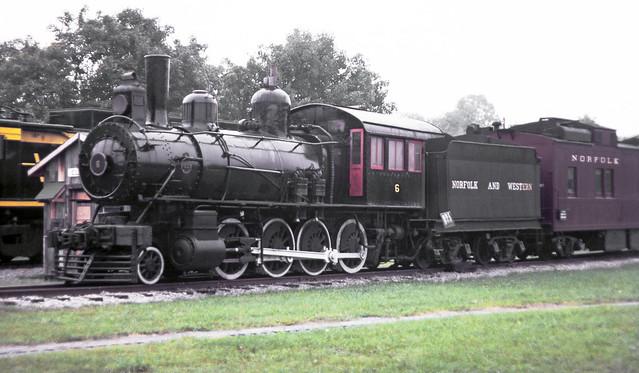 2 8 0 Consolidation Type Locomotives: Norfolk & Western 2-8-0 G-1 Class Consolidation Steam