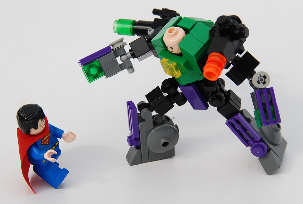 Lego Lex Luthor Warsuit