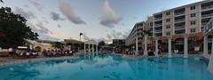Junkanoo à la piscine et terrasse Windsor - Sandals Royal Bahamian