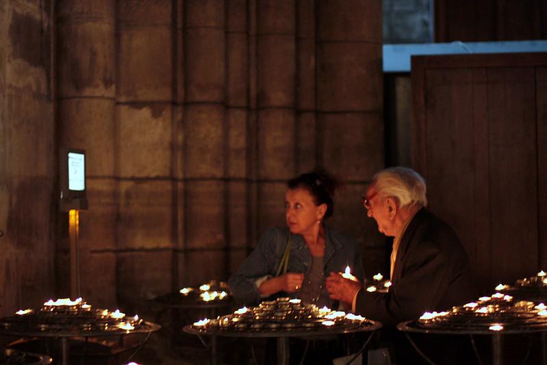 pilgrims at Notre Dame