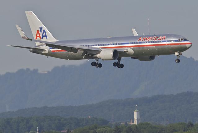 American Airlines Boeing 767-300; N39364@ZRH;24.06.2012/657cd