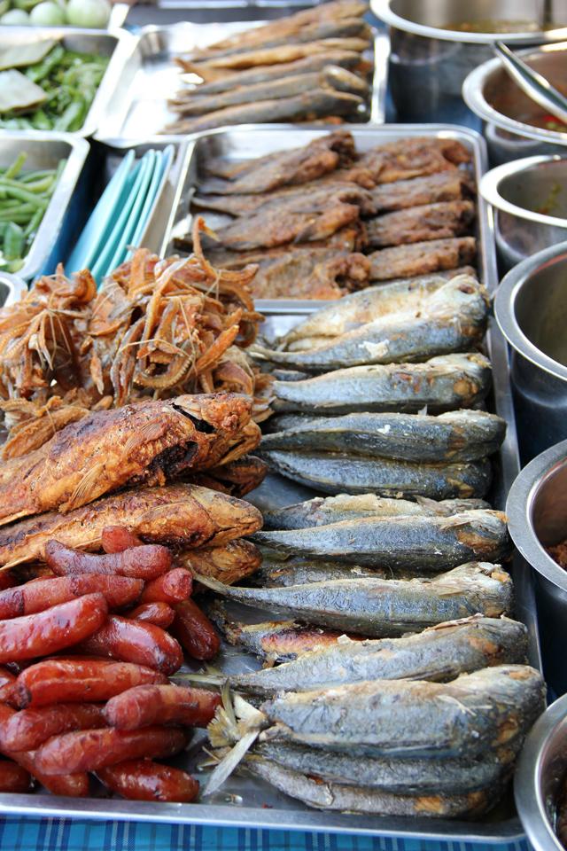 Thai fried mackerel
