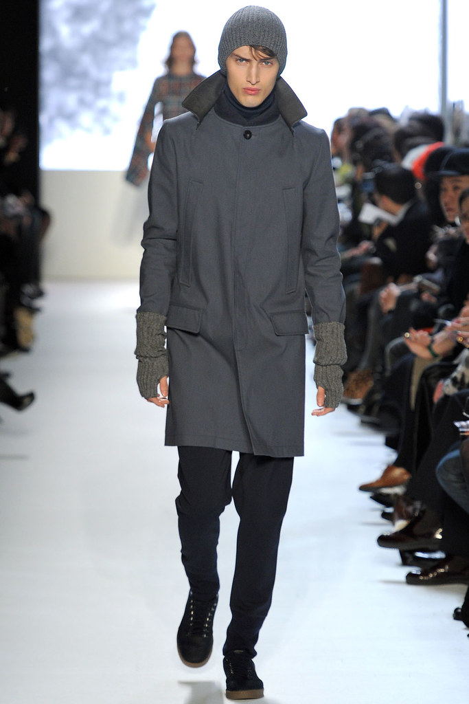 Charlie France3610_FW12 NY Lacoste(VOGUE)
