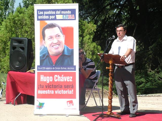 Acto y ofrenda floral de solidaridad con Venezuela, la revolución bolivariana y el presidente Hugo Chávez