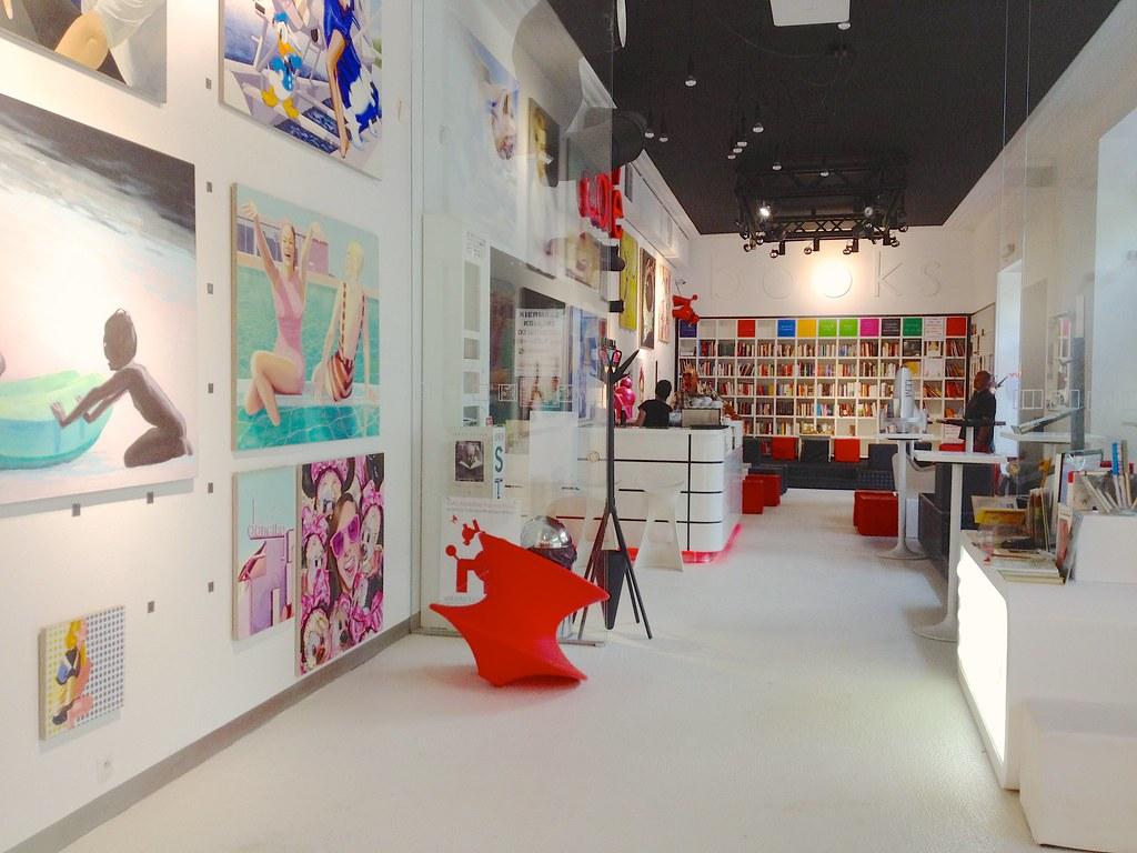 Warschau (PL) - MiTo Art, Café & Books
