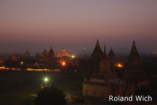 Bagan - Dawn view from Minyeingon