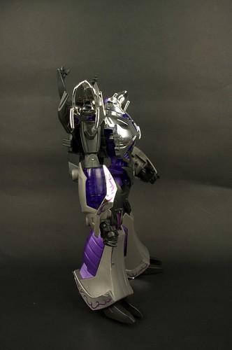 TFP AM-15 Megatron Darkness 6