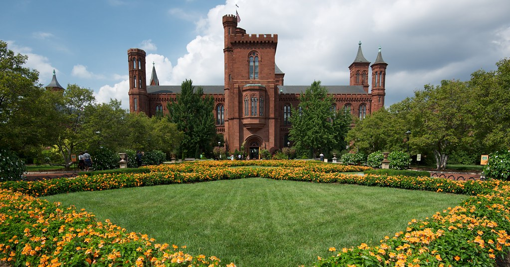 Smithsonian Castle & Parterre