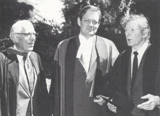 "Honorary degree recipients J. Edward ""Sandy"" Sanders (left), former dean of admissions, financial aid and student affairs at Pomona College; and actor, comedian and humanitarian Danny Kaye flanked President David Alexander after commencement in 1978."