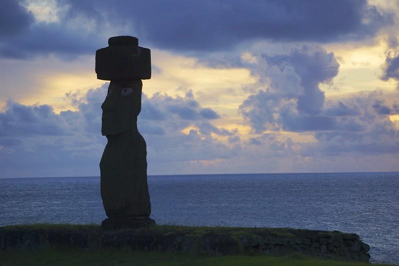 Easter island 21 103