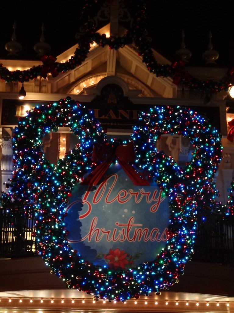 Un séjour pour la Noël à Disneyland et au Royaume d'Arendelle.... - Page 5 13717452194_d005767cfd_b