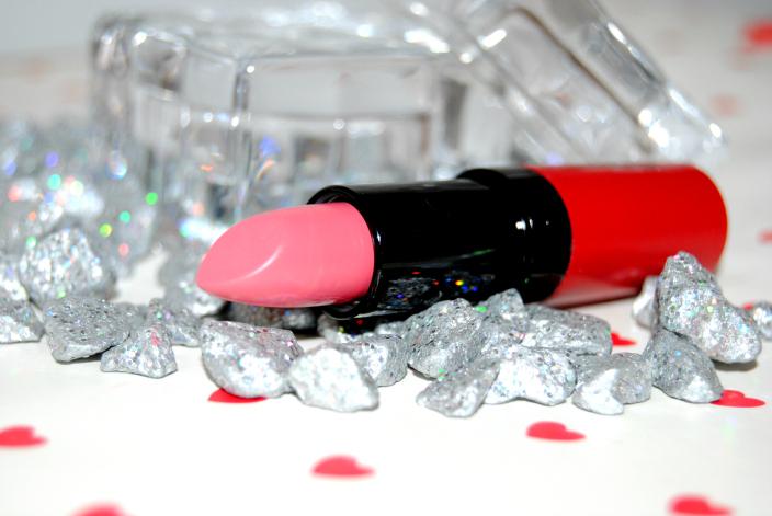 Kate Moss Lipstick 102