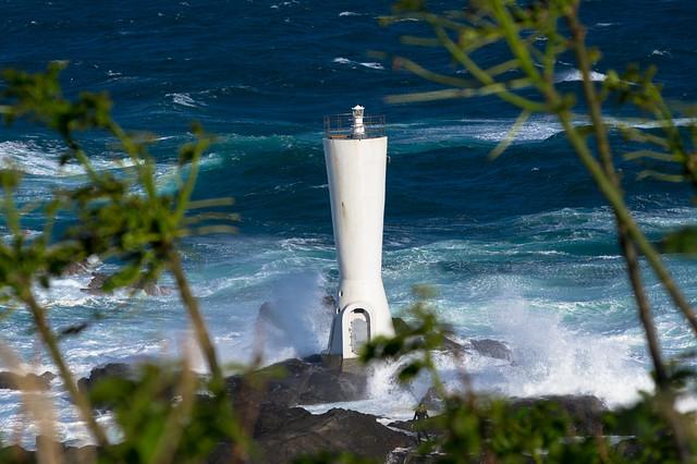 嵐の中の灯台