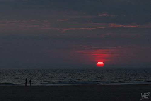 crépuscule nuit plage france red sunset normandie cotentin mer sky redsun dusk zwielicht paysage landscape beach silhouette eos30d 2014