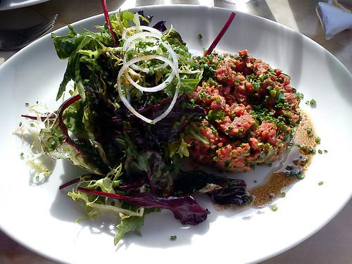 Tartar og salat