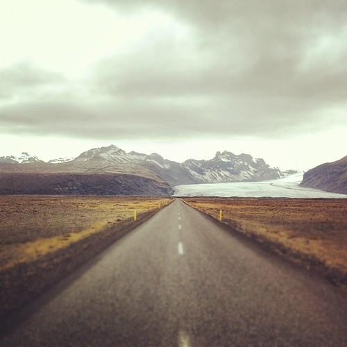 Glacier ahead. #iceland #latergram