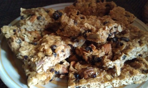 http://www.girlsgonechild.net/2012/05/eat-well-so-granola.html