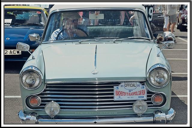 1967 Morris Oxford : Fathers Day Classic Vehicle Spectacular : RSR Preston : Nikon AF Nikkor 28-70mm f/3.5-4.5 :