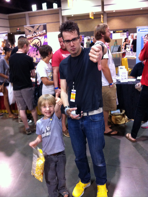 HeroesCon 2012  -- 20 -- Thumbs Up With The Fractions