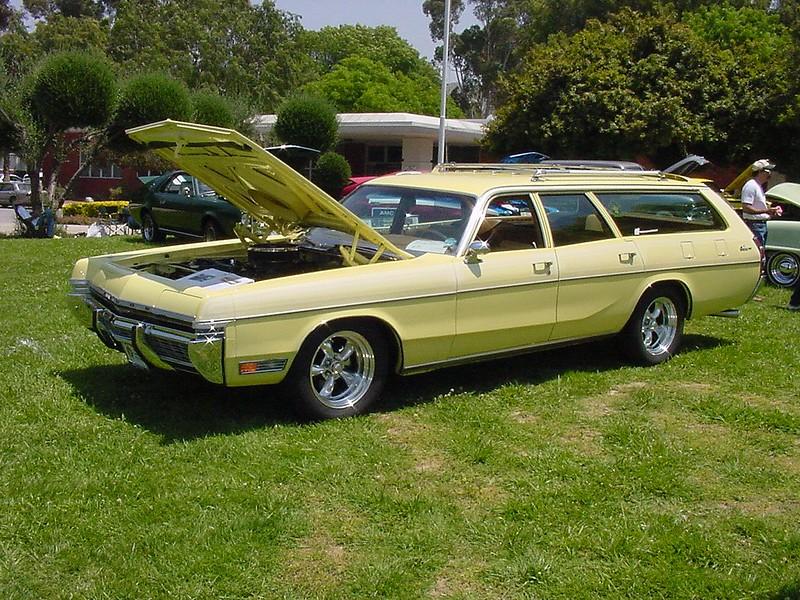 SoCalCarCulture: 1973 Dodge Monaco Station Wagon