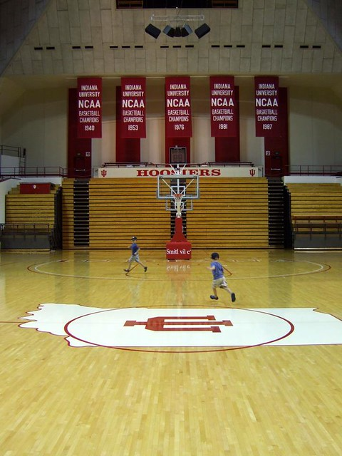 Harmon & Simon on the loose at Assembly Hall