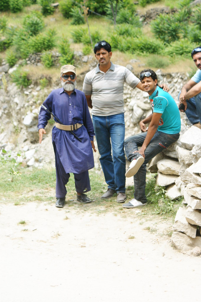 """MJC Summer 2012 Excursion to Neelum Valley with the great """"LIBRA"""" and Co - 7583925468 3a67f7cdfd b"""