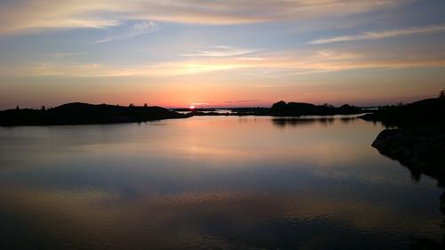 sunset summer seascape mobile suomi finland landscape twilight europe outdoor cellphone eu scandinavia archipelago kesä auringonlasku björkö saaristo evenfall saaristomeri n808 pureview nokia808