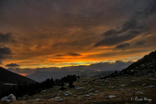 sky cloud mountain nature montagne sunrise nikon ciel nuages hdr pyrénées leverdesoleil pyrénéesorientales thegalaxy d7000 flickrstruereflection1 rememberthatmomentlevel1 rememberthatmomentlevel2 rememberthatmomentlevel3
