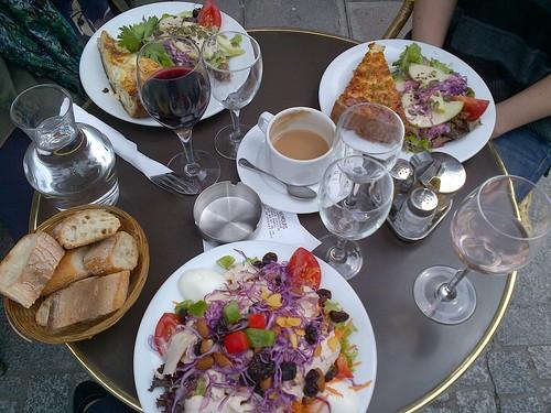 Ladies Lunch, Palais Royal