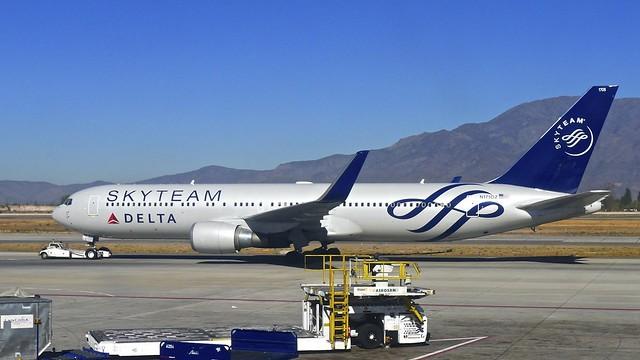 Delta Airline - Boeing 767