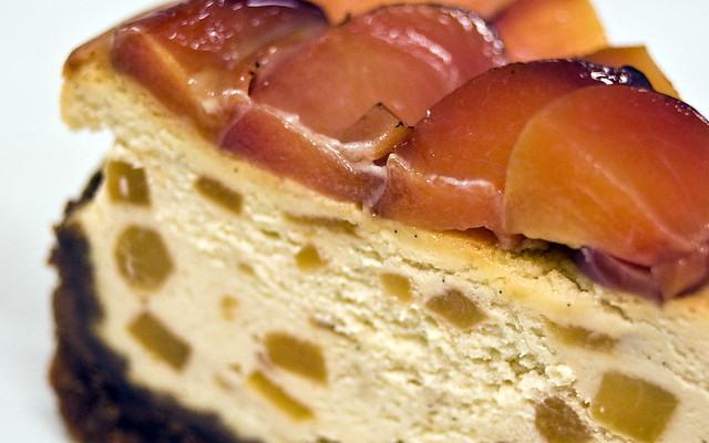 2012-08-19_Woodford-Reserve-peach-cheesecake-detail ...