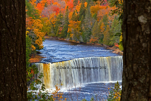 water colors america waterfall paradise wasserfall michigan waterfalls upperpeninsula tahquamenonfalls uppertahquamenonfalls paradisemichigan