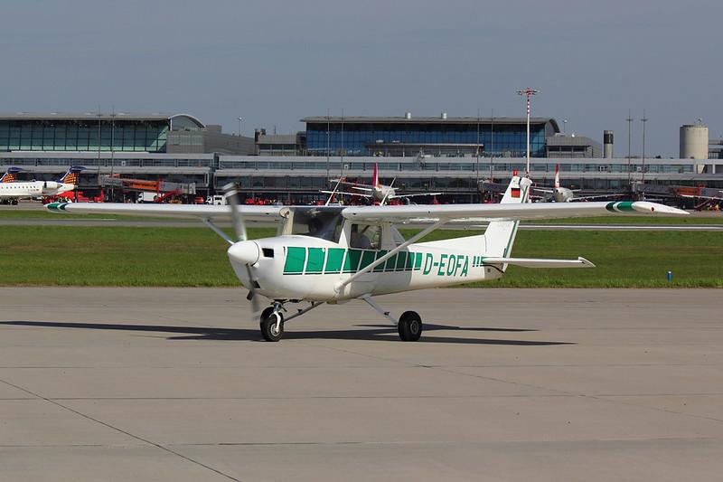 HFC Hamburg - C150 - D-EOFA (1)