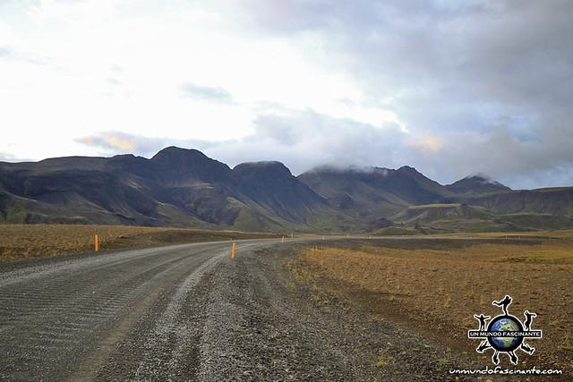 ISLANDIA - Lyngdalsheidi