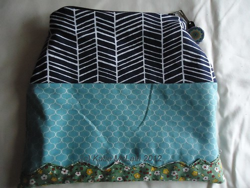 Zakka House Pouch Back