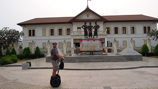 Afbeelding van Three Kings Monument. monument thailand three kings segway chiangmai 2012 gibbon